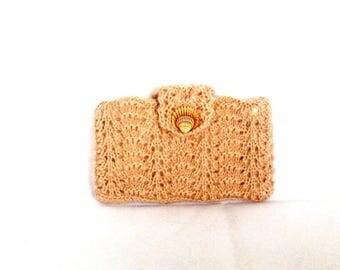 Beige knitted storage box