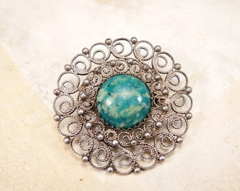 ON SALE Vintage small round filigree Melchior brooch with natural stone