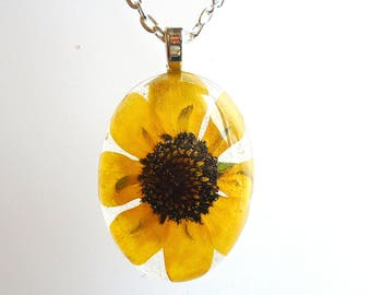 Black Eyed Susan Pressed Flower Wildflower Resin Jewelry Pendant Necklace