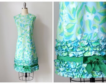 1960s Tropical Floral Ruffle Wiggle Dress | Vintage 60s Sleeveless Shift w Ruffles | Princess Seam Green Blue and White Day Dress