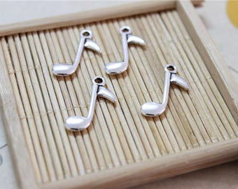 30 antique silver music note pendant charms