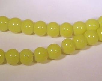 Round 8mm yellow glass beads