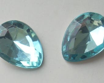 Cabochon drop turquoise faceted acrylic 13X18mm x 5