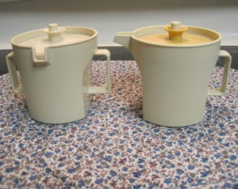 Vintage Tupperware Sugar And Creamer Set 1970,s