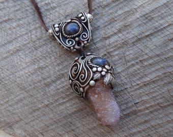 SHIPPING INCLUDED Spirit Cactus Quartz and Labradorite Pendant Necklace