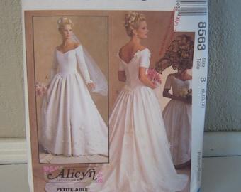 Wedding Dress Pattern McCall's 8563 - Size 8,10,12 - 1996 Uncut pattern