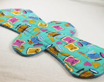 """Reusable Cloth Pad - 13"""" (33cm) Overnight/Postpartum - Peanut Butter Jelly Time Flannel"""