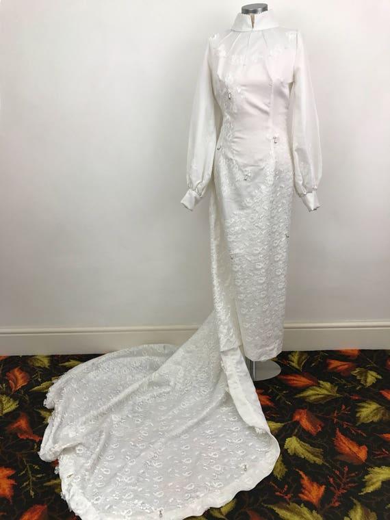 Vintage wedding dress 1970s bridal gown white column long train 70s Mod high neck long sleeves bride pearls pricilla UK 10
