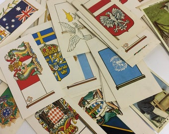 Cigarette Cards - Flags of the World