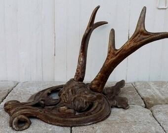 Vintage antler hooks cast metal antlers entryway hooks cloakroom hooks stags antler coat hooks country home decor hunting lodge kitsch