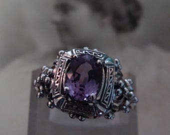 Unique Sterling Silver Alexandrite  Ring  Size 6.5