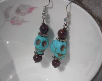 Skull Earrings with Red Stone