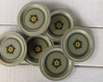 6 vintage Pfaltzgraff bread and butter nordic green stoneware plates, stoneware dessert plates, vintage Pfaltzgraff dishes, yellow flower