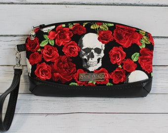 Skull Zippered Wristlet