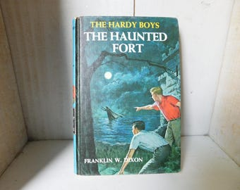 Vintage Hardy Boys Book - The Haunted Fort
