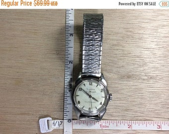 20%OFF Super Sale Vintage Bulova 23 Jewels Men's Wrist Watch Self Winding Non Working Used