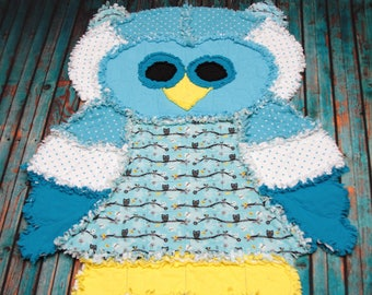 Odin the Owl Rag Quilt RTS