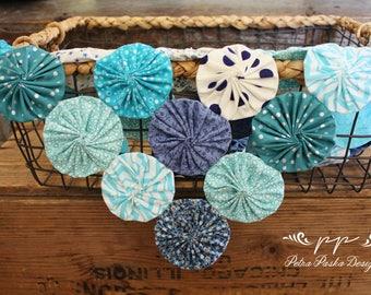 Yo-yo flowers blanket, baby, boy, neutral, spring/summer, blue, photo prop