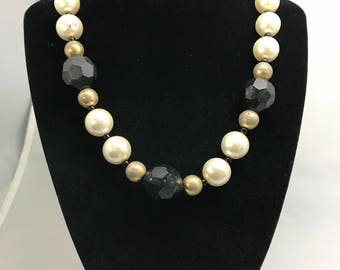 Faux pearl beaded necklace with seed bead spacer