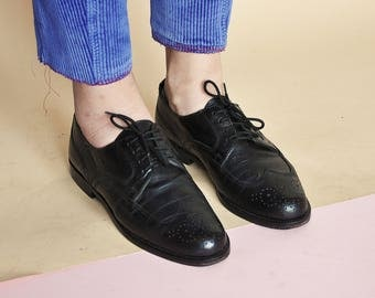 90s CLASSIC oxfords classic brogues leather oxfords RETRO oxfords preppy oxfords MOD oxfords prep oxfords / Size 6.5 us / 4 uk / 37 eu