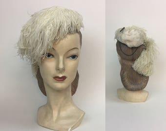 1940s Vintage white Ostrich Feathered Ladies Fascinator Bird weddingTilt  Hat