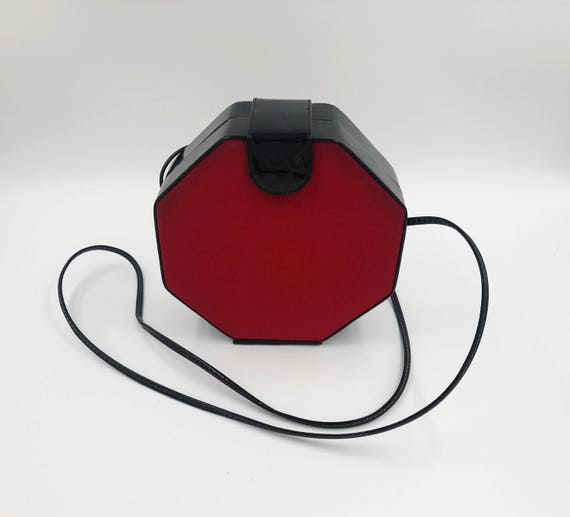 80's Black & Red Octagon Cross Body Purse - Vintage Patent Leather Hard Box Purse - Vampire Goth Small Black Red Box Purse Evening Bag