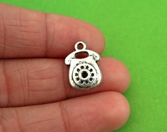 5 Vintage Telephone Charms (CH052-5)