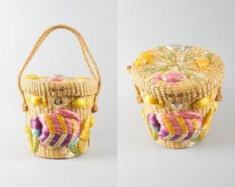Vintage 1960s Purse | 60s Fish Novelty Straw Woven Bucket Bag Summer Beach Handbag