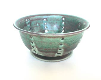 Small Earthy Green Berry Bowl