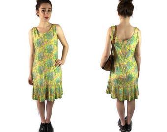 Vintage yellow 60s dress // vintage paisley print drsss // bohemian hippie dress // 1960s summer dress // tennis drsss //
