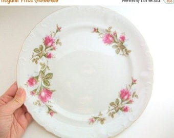 CLEARANCE Vintage Dinner Plate, Royal Rose, Royal Rose Dinner Plate, Royal Rose Plate, Pink Rose Dinner Plate, Pink Rose Plate, Floral Plate