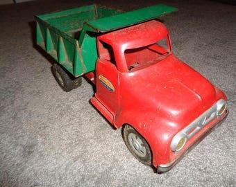 Large size 1956 Tonka dump truck,all original very good shape