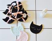 Lot de 3 Lingettes démaquillantes lavables-Débarbouillettes bébé. Disques démaquillants éco-responsable-coton-chat noir. 10cmx10cm