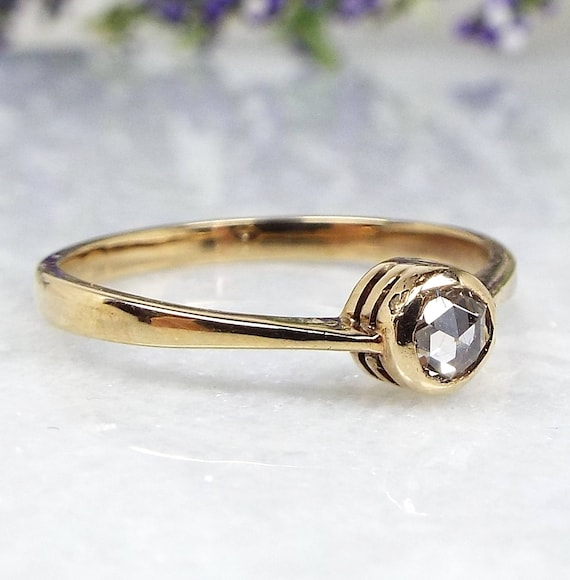 Antique Edwardian 9ct Yellow Gold Rose Cut Diamond Solitaire Ring / Size P