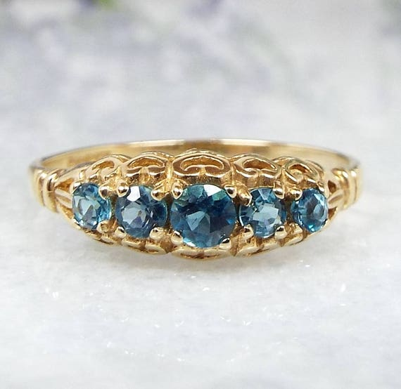 Vintage 9ct Yellow Gold Ornate Heart 5 Sky Blue Topaz Half Eternity Ring / Size N 1/2