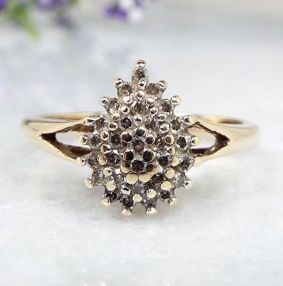 Vintage 9ct Yellow Gold Elegant Tear Drop Shape Diamond Cluster Ring Size N 1/2