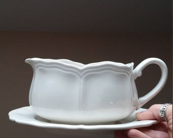 Federalist Ironstone Gravy Boat with Matching Underplate, Harmony House, Vintage Sears. 4238
