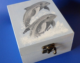 Dolphin art Personalized box wood keepsake box Gifts for dolphin lover Wood memory box Blue dolphin box Gift for friends Animal wood box
