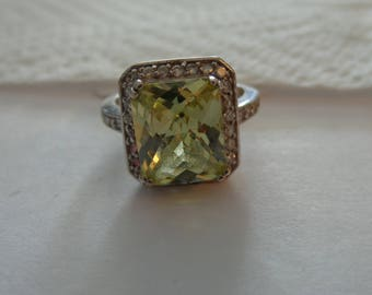 Sterling Silver Yellow Checkerboard Stone Surrounded by Clear CZ - size 8