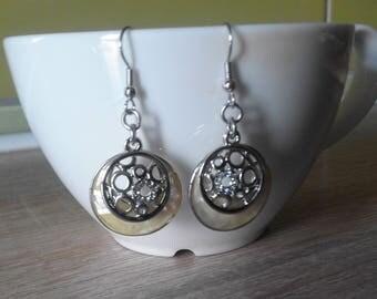 Women Earrings - Silver Plated Openwork Brass - Yellow & Green Enamel