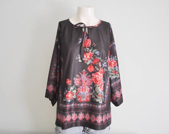 Vintage 1980's Black Floral Tunic Tie Neck Quarter Length Sleeve Bohemian 70s Blouse Mexican Top Rose Flowers Plus Size X-Large Festival Top