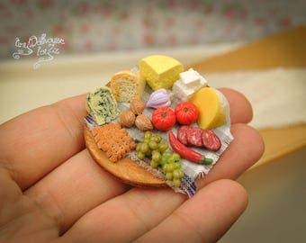 Mixed cheese cutting board food Miniature Dollhouse miniature food cheese Board grapes grapes