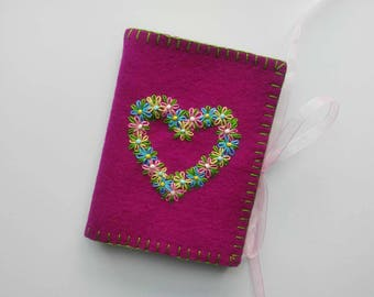 Wool Felt Needle Book, Embroidered Flower Needle Book, Violet Needlecase,