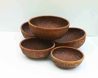 Vintage Wicker Baskets Set of 5 Round Woven Matching Brown Basket Kitchen and Dining Wall Decor Serving Wall Hanging