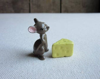 Miniature Hagen Renaker Irate Mouse w/ Cheese,Tiny Vintage Ceramic Figurines,Porcelain,Mouse Lover Gift,Miniature Ceramic Animal,Funny Mouse