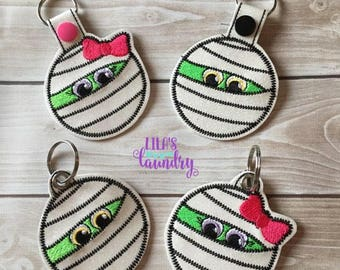 Mummy and Mummy Girl - Snap Tab and Eyelet Versions INCLUDED - Halloween - In The Hoop - Snap/Rivet Key Fob - DIGITAL Embroidery Design
