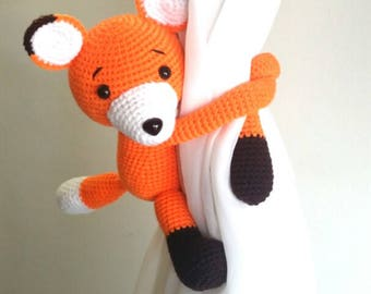 1 Fox Crochet curtain tie back,  Handmade Fox curtain tie back. Nursery tie backs.  MADE TO ORDER***