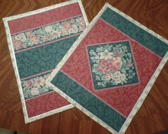 Christmas Poinsetta Placemats, handcrafted, beautiful