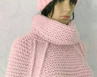 Dress in powder pink alpaca and wool. To order only.