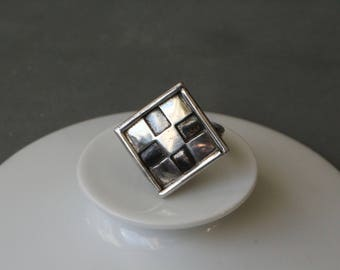 Norwegian modernist elegant sterling silver ring.